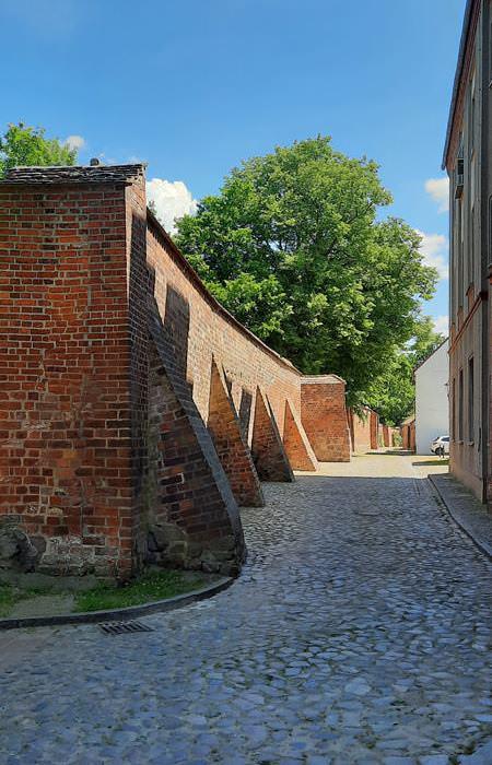 alte stadtmauer wittstock dosse stadt brandenburg | Reiseblog Rügen