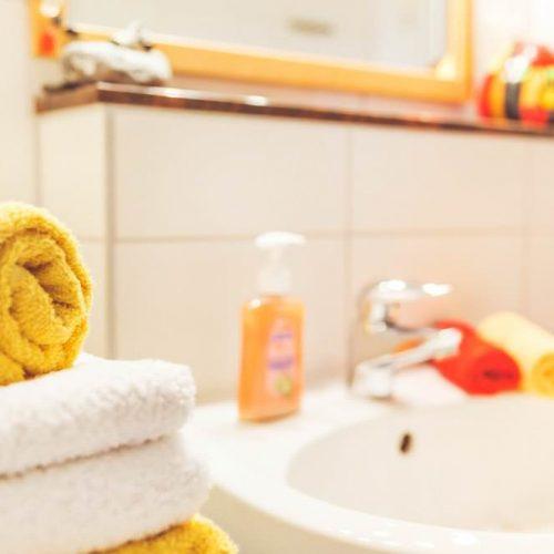badezimmer ruegen fewo zum alten pfau ostseebad goehren | Reiseblog Rügen