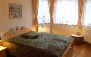 ferienwohnung-goehren-ruegen-fewo-schlafzimmer