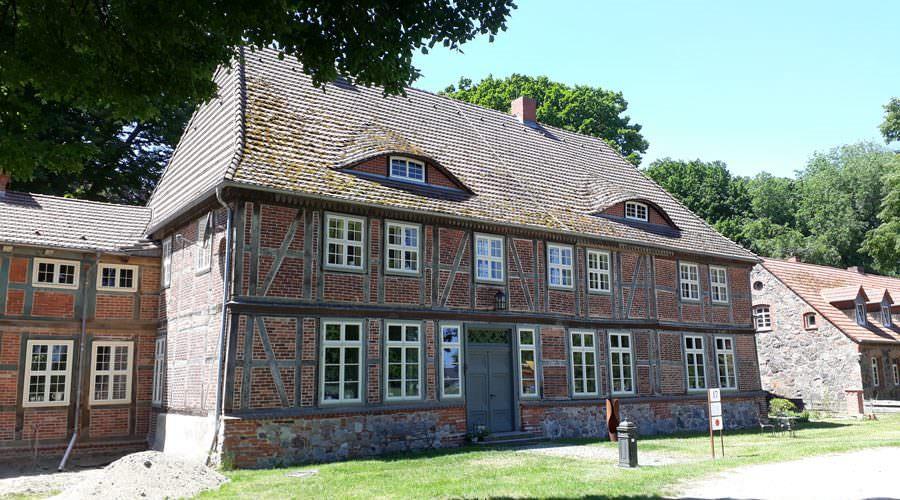 gutshaus below unterkunft eldetal mecklenburg vorpommern | Reiseblog Rügen