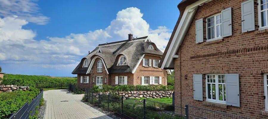 luxusferienwohnungen ruegen lobbe moenchgut bebaut | Reiseblog Rügen