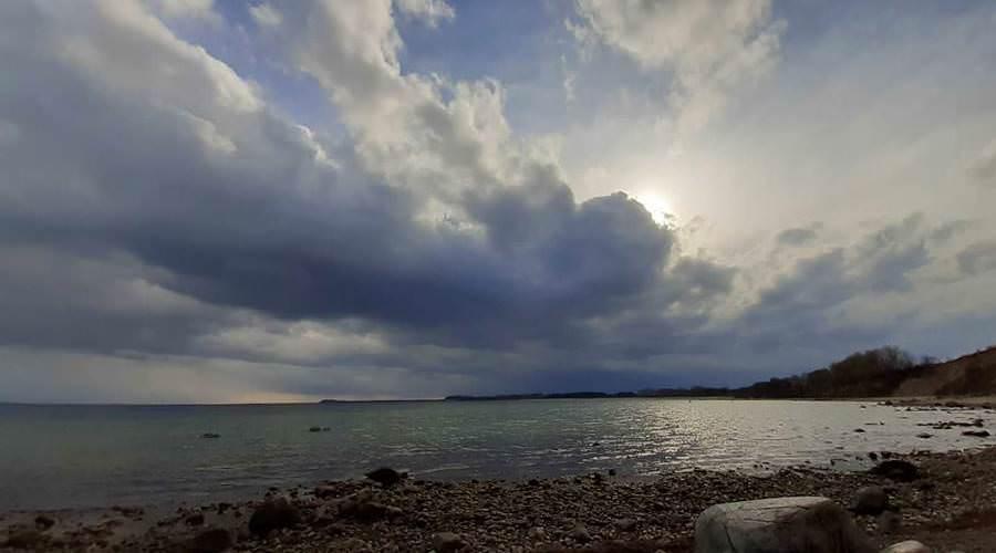 regenwolken ostseekueste goehren ruegen   Reiseblog Rügen